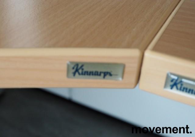 Hjørneløsning elektrisk hevsenk fra Kinnarps i bøk laminat / grått, T-serie, 280x220cm, høyreløsning, pent brukt bilde 2