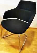 Loungestol fra Arper, Modell Aston, i sort/krom, Design: Jean-Marie Massaud, pent brukt
