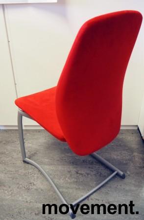 Møteromsstol/besøksstol fra Kinnarps, mod Plus 376 i rødt mikrofiberstoff, pent brukt bilde 2