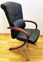 Komfortable møteromsstoler i sort skinn / kirsebær, Signet-serie frå Håg, pent brukt