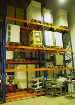 Pallereol, høyde 600cm, 3 gavler + 16 3pallers bærejern selges samlet, pent brukt