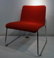 Loungestol i rød ullfilt fra Offecct, modell Mono Light, Design: Claesson Koivisto Rune, pent brukt